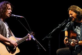 Chris Cornell vs Eddie Vedder